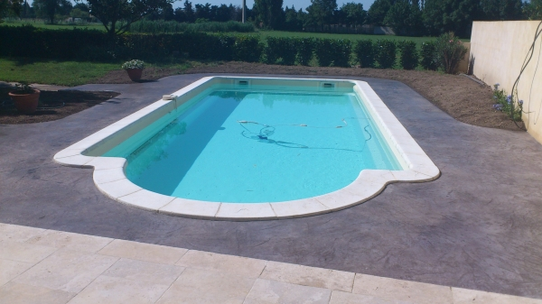 Cout piscine beton zgbelt for Cout piscine